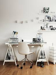 bureau treteau ikea idée un bureau sur tréteaux 12 inspirations et une selection