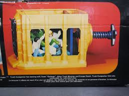 elevator death death star space station kenner canada
