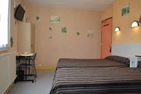 chambre d hote fouras chambres d hôtel fouras hôtel de l arrivée en centre ville et
