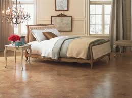 recessed baseboards bedroom bedroom flooring ideas gold desk lamp gray accent wall