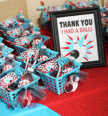 Birthday Favor Ideas by Bowling Favor Ideas And Creative Bowling Favors