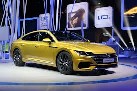 volkswagen arteon r line volkswagen arteon fastback sedan revealed on sale mid 2018