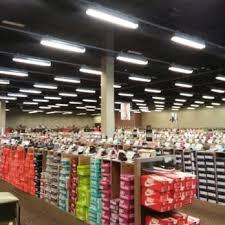 designer shoe outlet dsw designer shoe warehouse 16 photos 12 reviews shoe stores