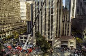 the day rockefeller center tree arrives in nyc news
