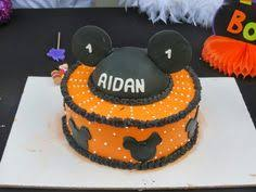 halloween birthday cakes for kids mickey not so scary halloween