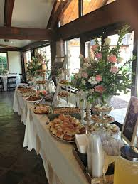 Table Buffet Decorations by Best 20 Wedding Food Tables Ideas On Pinterest Food Table