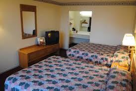 budget host inn columbia mo booking com