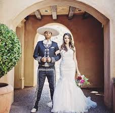 themed wedding dress how to throw an epic mexican themed wedding