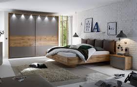 Schlafzimmer In Grau Schlafzimmer 4 Tlg In Wildeiche Nachbildung Mit Absetzungen In