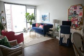 Living Room Tours - fun living room tour in chicago u0027s gold coast u2014 bows u0026 sequins