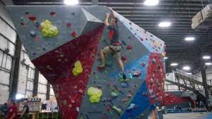 hoosier heights indianapolis bloomington indianas 25 foot bouldering over a foam pit picture of hoosier heights
