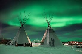 Northern Lights Minneapolis Guardians Of A Vast Lake And A Refuge For Humanity The New York