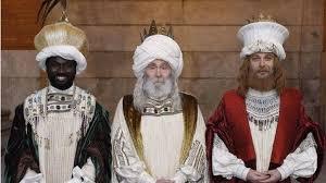 fotos reyes magos cabalgata madrid carmena viste a los reyes magos a la moda ibicenca en una cabalgata