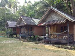seaview bungalows maipenrai bungalows resort accommodation