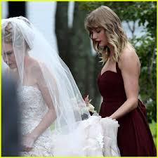taylor swift serves as bridesmaid at bff abigail u0027s wedding photos