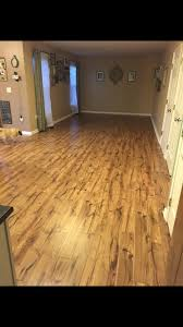 Pergo Laminate Flooring Installation Shop Pergo Max 7 48 In W X 3 93 Ft L River Road Oak Embossed