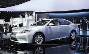 lexus hybrid sedan 2015 lexus es reviews lexus es price photos and specs car and driver