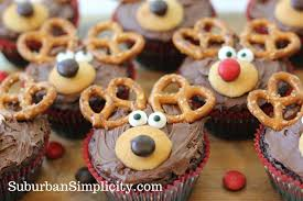 adorable pretzel turkey bites easy thanksgiving dessert idea