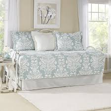Daybed Covers And Pillows 119 Best Bedding Images On Pinterest Bedrooms Daybed Bedding