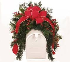 Christmas Mailbox Decoration Greenery by 57 Best Christmas Mailbox Images On Pinterest Christmas Ideas