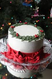 to go beyond the popularity of the fruitcake which had declined in