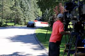 Clinton Estate Chappaqua New York Hillary Clinton Will Be Back In Action On Thursday Campaign After