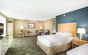 2 Bedroom Suite Daytona Beach Daytona Beach Hotels Hilton Daytona Beach Oceanfront Resort
