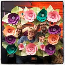 Make Your Own Paper Flowers - diy paper flowers floral frame