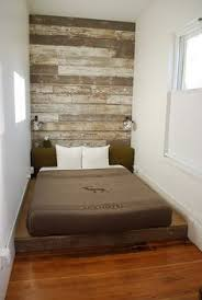 Guest Bed Small Space - how to decorate a long and narrow bedroom house projects