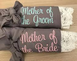 Gifts To Give The Bride From The Maid Of Honor Mother Of The Bride Gift Etsy
