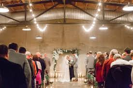 wedding re 5 tips for choosing an officiant if you re not religious weddingwire