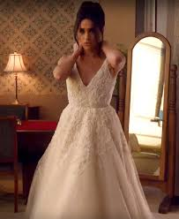 the wedding dress meghan markle wears wedding gown on suits