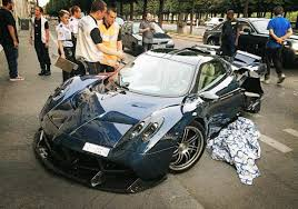 worst bugatti crashes is the crashed one off pagani huayra pearl the saddest news you u0027ve