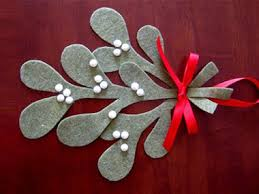 cheap christmas decorations 24 homemade decorating ideas