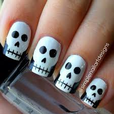 25 halloween nail manicures