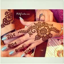 kelly caroline henna artist