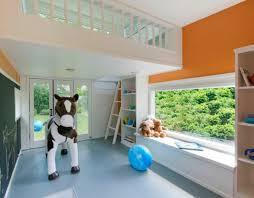 deco chambre cheval salle de jeux enfant un espace d imagination et de créativité