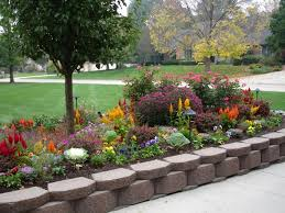 Raised Flower Bed Corners - cheap and easy landscaping ideas the bungalow gets grass part 3