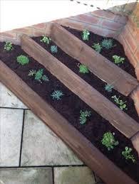 Raised Flower Bed Corners - triangular raised bed flower garden design ideas pinterest