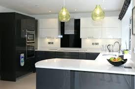 modele cuisine blanc laqué modele cuisine blanche modele cuisine blanche laquee blanc et grise