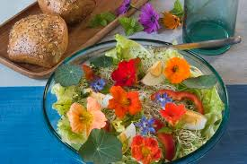 edible flower garnish nutritional value of edible flowers livestrong