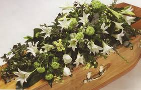 how to make a casket spray coffin flowers