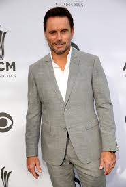 man holding martini acm honors august 30 2016 at the ryman