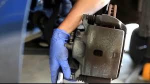 2007 honda accord rotors 2003 2007 honda accord front brakes remove and install rotors and