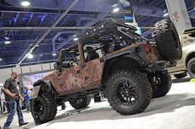 desert military jeep sema 2015 addictive desert designs unveils chris kyle legend jeep
