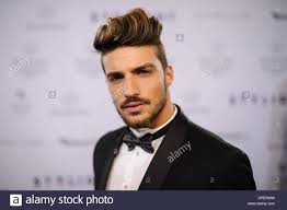 mariano di vaio hair color fashion blogger mariano di vaio of mdvstyle com arriving at the
