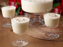 Southern Comfort Eggnog Vanilla Spice Mama U0027s Eggnog Recipe Paula Deen Food Network