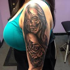 black and grey half skull face lady by raphael barros tattoonow
