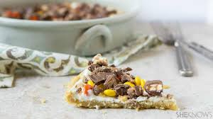 use up leftover candy to make this halloween cookie candy pizza