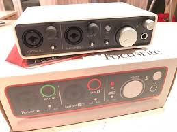 focusrite scarlett 2i2 audio interface 2nd generation custom snow